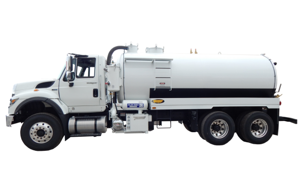 4000 US GALLON INDUSTRIAL VACUUM TRUCK