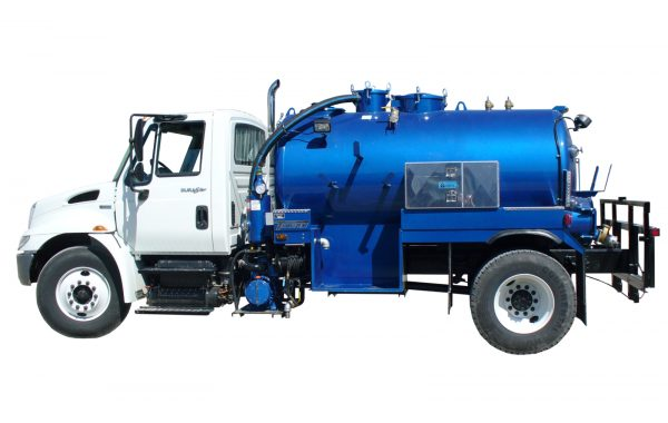 1500 US GALLON VACUUM TOILET TRUCK