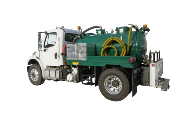 830 US GALLON VACUUM TOILET TRUCK
