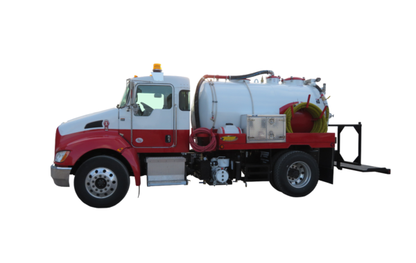 1800 US GALLON VACUUM TOILET TRUCK