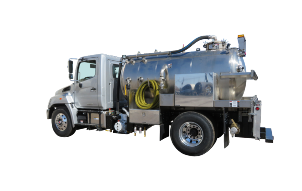 1600 US GALLON VACUUM TOILET TRUCK