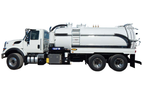 3600 US GALLON INDUSTRIAL VACUUM TRUCK