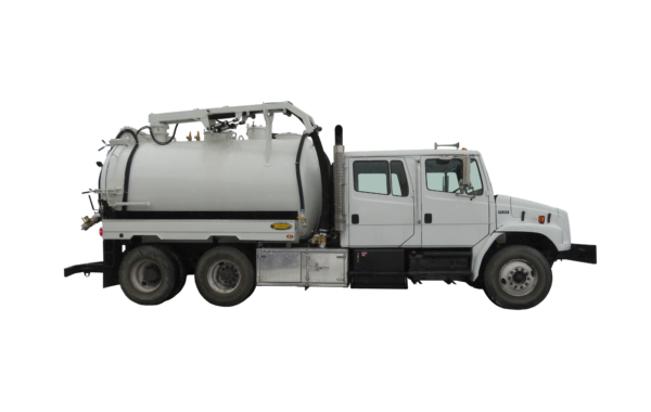 3000 US GALLON INDUSTRIAL VACUUM TRUCK