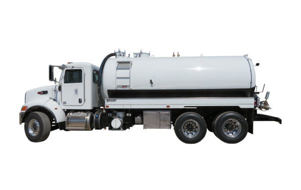 4000 US GALLON SEPTIC TRUCK